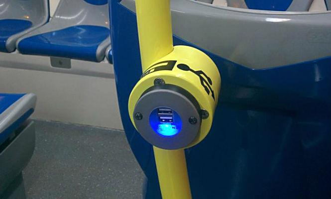 Cargadores USB en autobuses urbanos