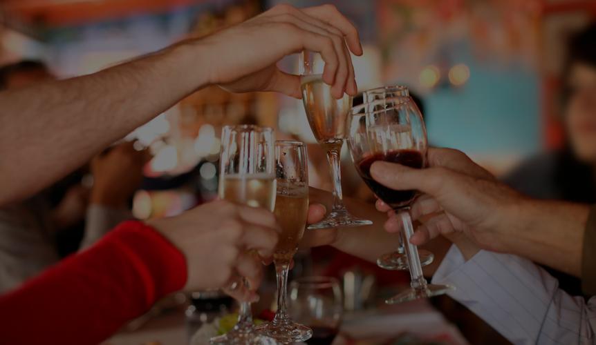 5 ideas para organizar una cena de Navidad épica