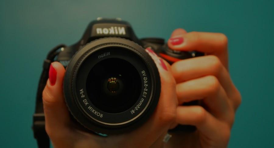 ¿Por qué es mejor la fotografía profesional que la cámara de un móvil?