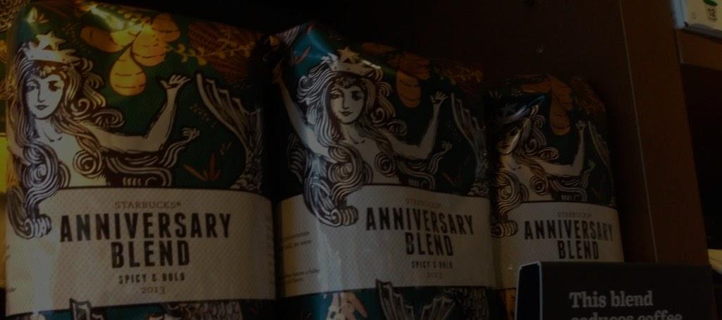 La sirena de Starbucks saca su lado más marino en la Anniversary Collection