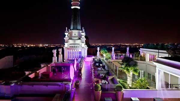 Terraza del hotel ME, donde se celebra la fiesta de Comba's Halloween - Entrada gratuita o desde 10€.