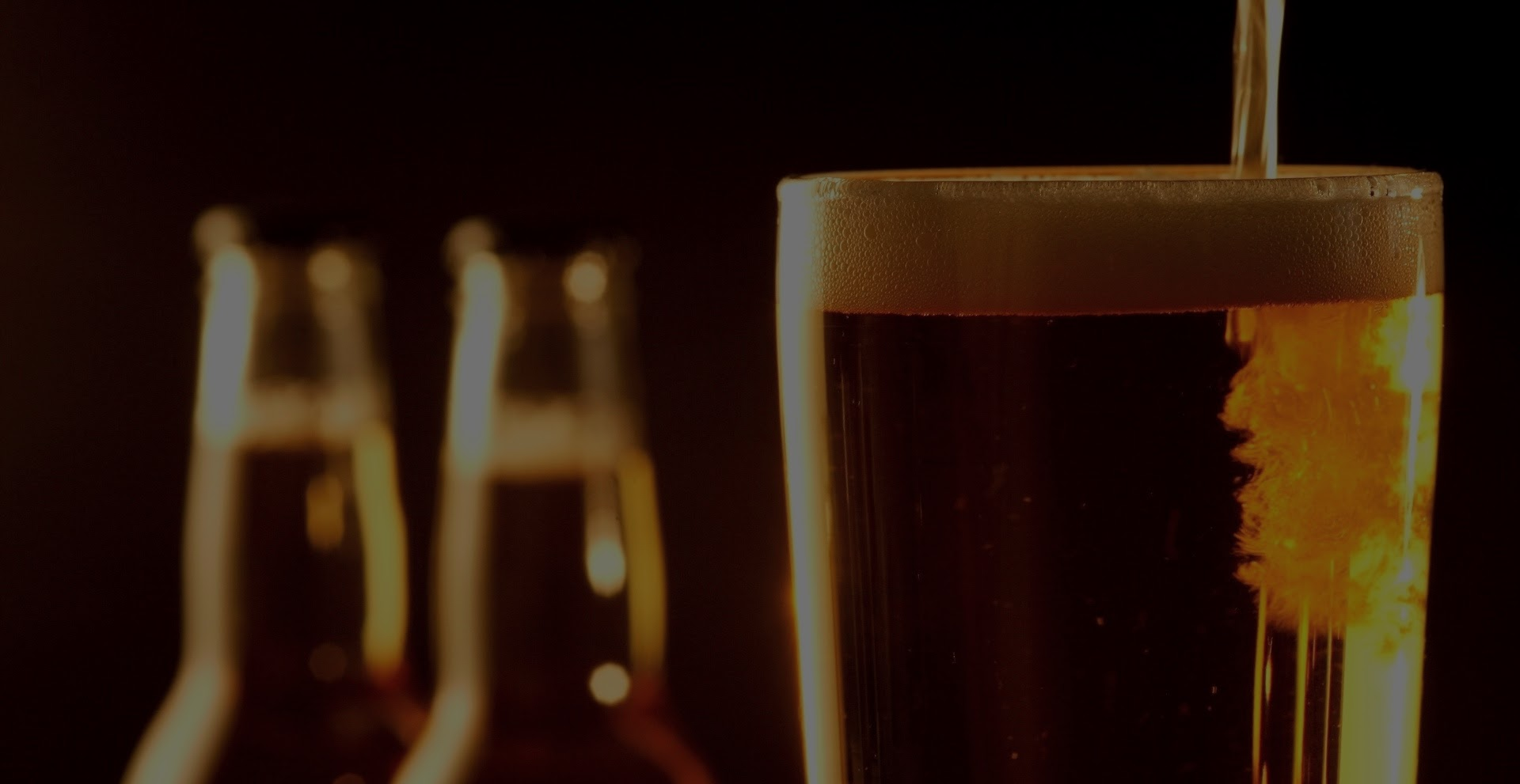 Mupi de cerveza gratis, ¡sólo para los amigos de verdad!